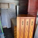 レンジボードなどの家具類、リサイクル家電の片付け作業を行いました。